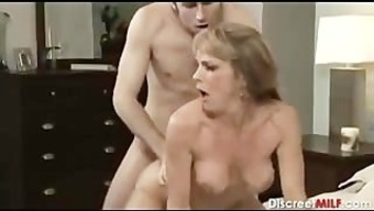 Age MILF along with little man in bed room