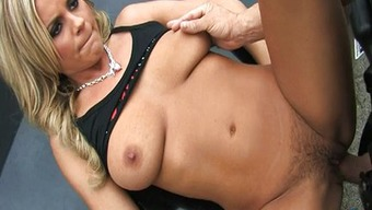 RedTube gal Bree Olson gets finished!