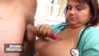 Bossy mind clinician milf Renate tugjob with the use of youthful male