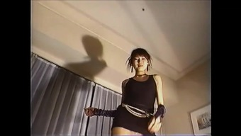 oriental babe horny dancing NORIA
