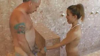 Oriental Blowjobs Old One In Public Bath