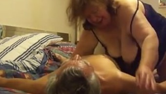 Trouncing Grannys Great Pussy, Completely free Pussy Hammering Porno from 888camgirls.com
