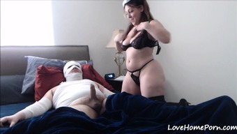 Attractive Patient Gets Healed By the Kinky Clinician