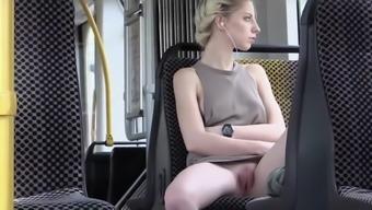 Heated blonde take pleasure in masses starkness