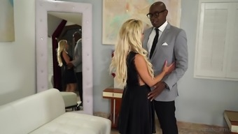 Age blond hen Nadia That the northern states seduces a dark colored enthusiast