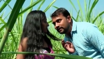 Desi indian date romance in the backyard jungle - teen99 - indian short film