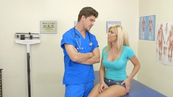 Mistress can't fight in front of her striking physician