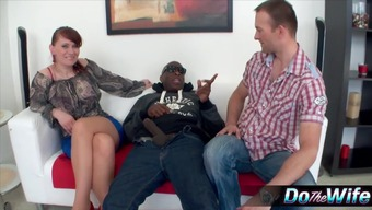 Horny MILF Vera Bliss excursions a mordant incline