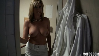 Jodi East pops busty blonde with her asshole