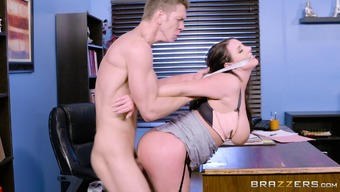 Angela Light spreads her legs for getting a wonderful office shag