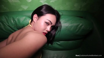 great booty ladyboy has a great penis from behind