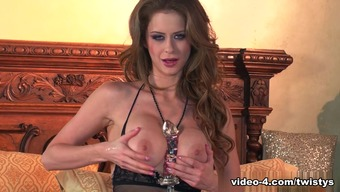 Amazing version The woman Addison in Great Masturbation, Dildos/Things grown-up online video media
