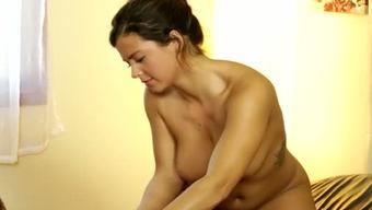 Boobalicious brunette spiteful lady Keisha Grey does moist massage to mean man