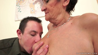 Short-haired gold gives a blowjob and gets bonked with the use of committment