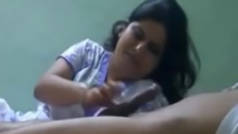 NEIGHBOUR INDIAN Wifey Wants to Style Sperm BJ
