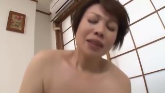 Jyukujyo JPN Granny appreciates juvenile one
