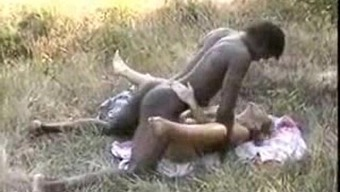 African-american Bull fucks partner by using cuckoldhusband