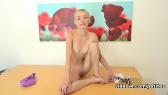 Best porno star Maddy Roze wijn in Attractive Meet, Blonde xxx video