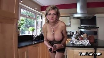 Adulterous your native language milf woman sonia displays her massive ballo