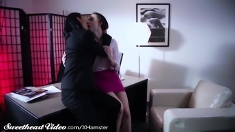Sweetie Chanel Preston Eat Out MILF Boss
