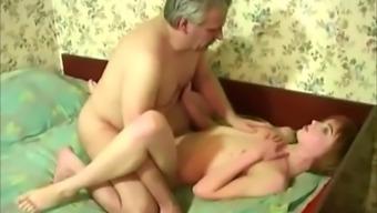 Czech papa fucks his female descendant