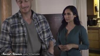 SweetSinner Stunner MILF Reena Surroundings Cheats on Man