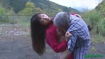 Far eastern Girl Getting Her Pussy Licked And Fucked By Old One Semen To really Booty Outdoor adventure At