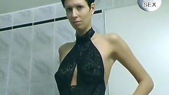 Shorthair brunette performs within the bathroom - Free Porn Videos - YouPorn