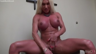Open Female Resistance trainer Ashlee Chambers Great Clit