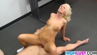 the ladies austin fucks with her coach