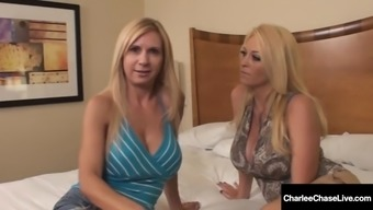 Cunt craving cougars charlee chase &amp brooke tyler eat pussy!