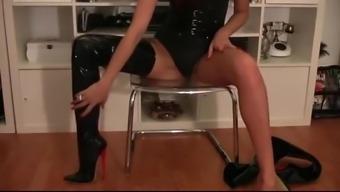 Mistress Liza - Mind Fucking Boots
