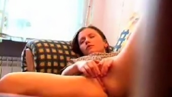 Amateur Veiled Cams Uncover Cock Driving Hoes