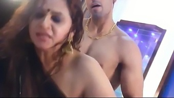 Indian wife has sex