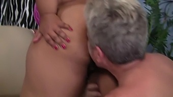 Big Boobed Ebony Obese Getting Some White Male Pole