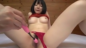 Insolent toy insertion solo with big tits Airi Minami