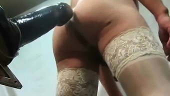 Substantial dildo to get a crossdresser that is actually depriving