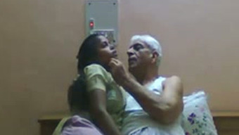Slutty Indian maid gives make the trip to old grandfather by using gray hair