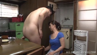 Japanese people porn online video with the food prep at the start of the daily