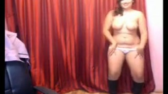 Plump Indian chicken dances and tapes during web camera solo tell