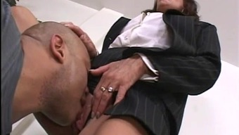 Person-in-charge woman figure out her worker's shaft at the office