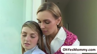 MILF Tanya makes absolutely adore with teenager Staci