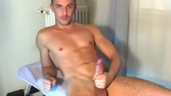 That's a very long dick of handsome green eyes guy !